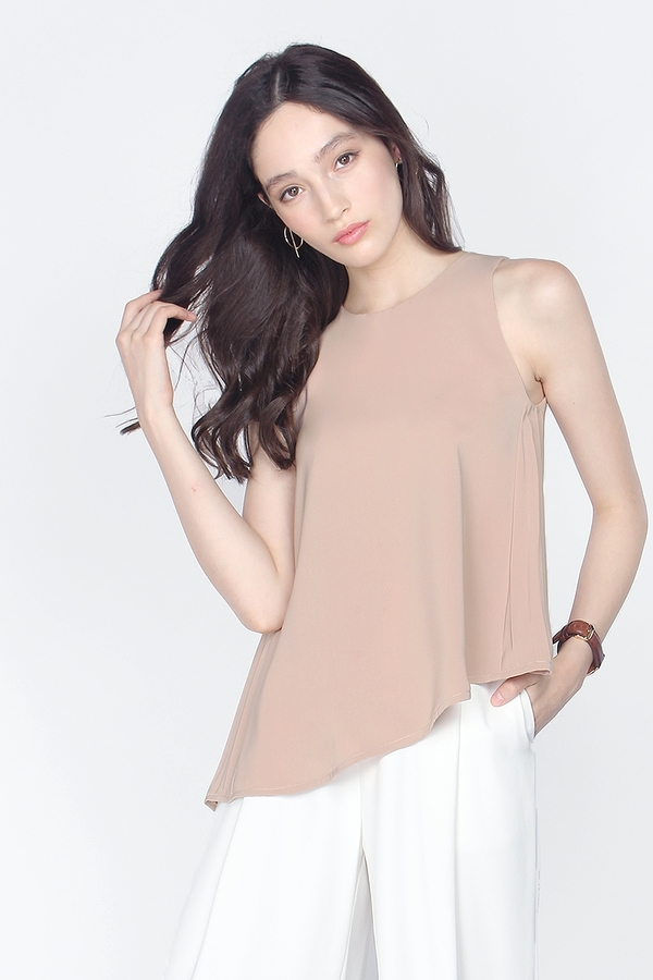Avenue Pleated Top
